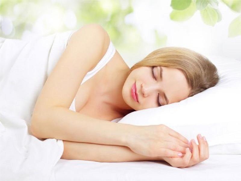 ngủ đủ giấc giúp đẹp da