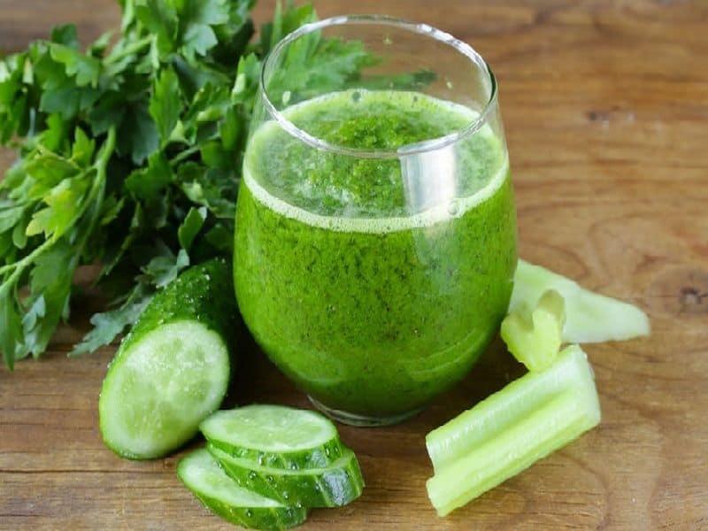 Lợi ích của nước ép rau cần tây với sức khoẻ và làn da