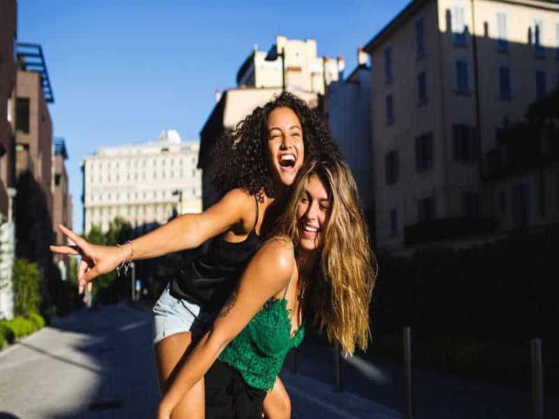 Những thói quen cần từ bỏ ngay nếu muốn duy trì nét thanh xuân lâu dài