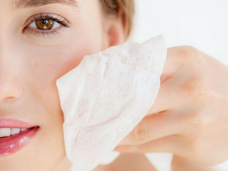 Những sai lầm trong chăm sóc da nào sẽ khiến lỗ chân lông ngày càng to hơn?